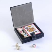 купить Набор: игральные карты + кости (2554)