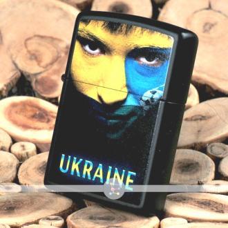 купить Зажигалка Zippo 218 US UKRAINE SOCCER FACE
